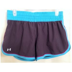 Under Armour Gray Ladies Heat Gear Running Shorts